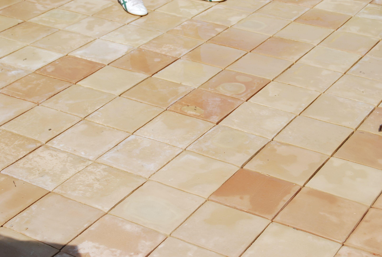 Handmade terracotta tiles exterior floor tiles for Exterior terracotta floor tiles